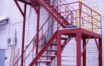 Эвакуационные лестницы наружные