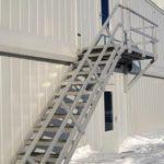 П-2 Эвакуационная лестница одномаршевая с площадкой
