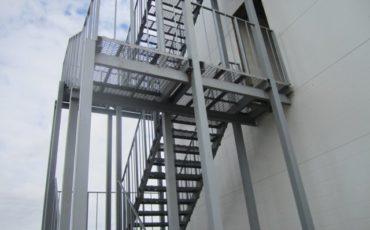 Пожарная лестница, техническая лестница, металлическая лестница