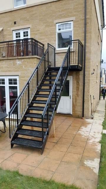 эвакуационный выход лестница