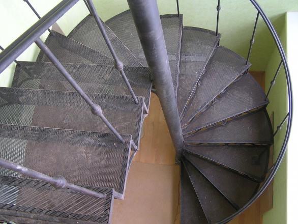 лестница винтовая металлическая купить