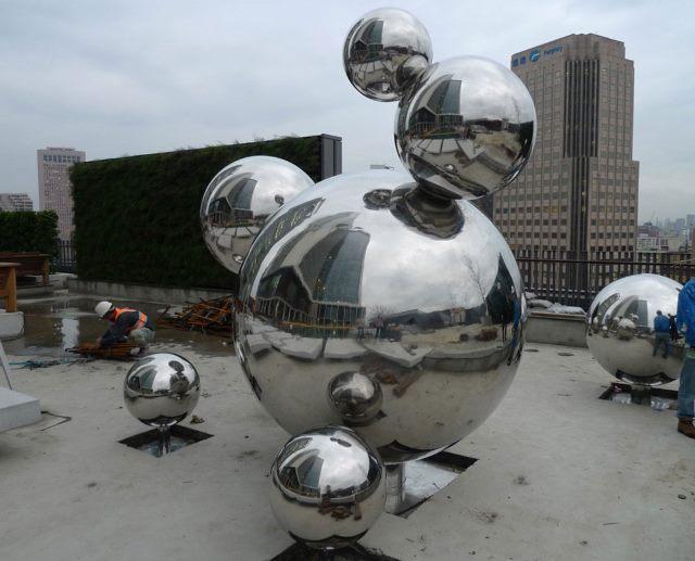 Пустотелый декоративный шар из нержавейки