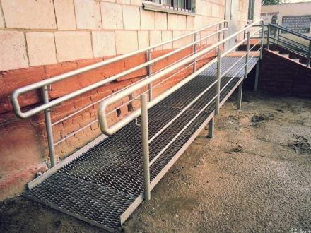 металлические пандусы для инвалидов